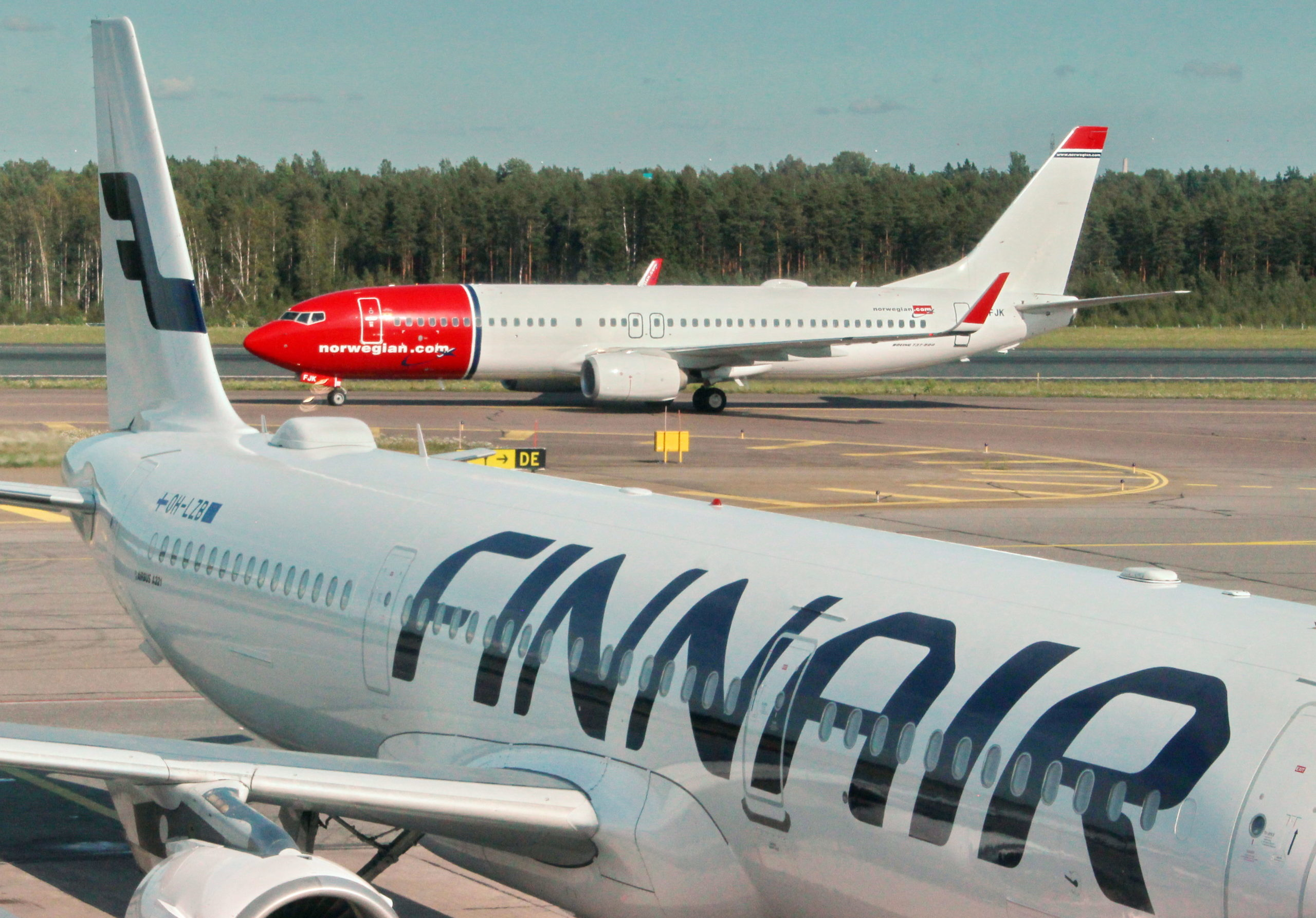 Norwegian-og-Finnair-scaled.jpg