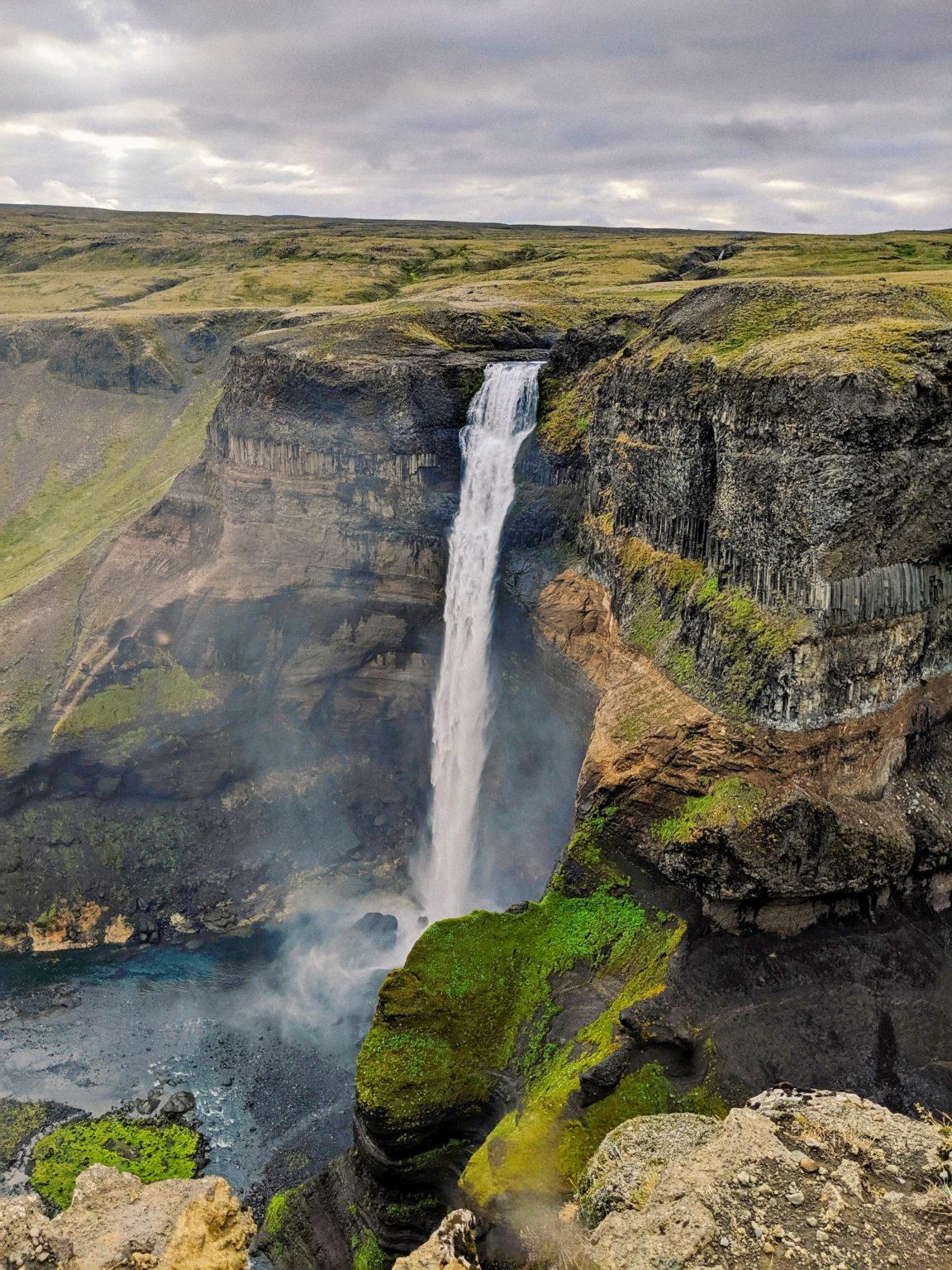 Haifoss er blant de høyeste fossene på Island